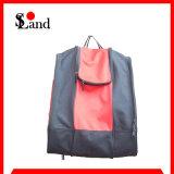 赤くおよび黒いスキーブート袋は袋に蹄鉄を打つ