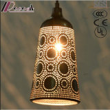 Ancient Hollow Metal Black Pendant Light com Restaurante