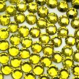 Branelli poco costosi cinesi del cristallo del Rhinestone del chiodo di prezzi di alto lustro all'ingrosso