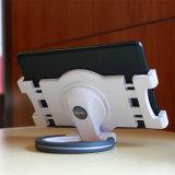 Contributo del basamento di 360 rotazioni al ridurre in pani di iPad/PC