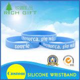 De Manchet van de Armband van het Silicone van het Horloge van Debossed van de Vervaardiging van de levering aan Lage Prijs