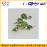 Kundenspezifische Pflanzengroßverkauf-Decklackpin-Abzeichen