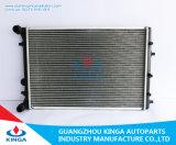 Nuovo stile 2016 per il radiatore 2002 di Cordova Mt della sede di Volkswagen Assem con il serbatoio 6qe. 121.253A