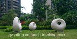 Impression blanche, résine de jardin extérieur ou sculpture en acier inoxydable