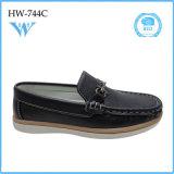 El nuevo diseño embroma los zapatos de los niños de los zapatos de la PU