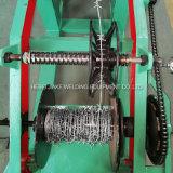 Einzelner Stacheldraht, der Maschine herstellt