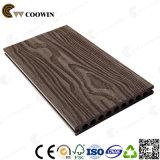 Legno di plastica costruito pavimentando Decking esterno delle mattonelle WPC