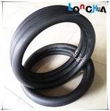 손 느낌 연약하고 & 편리한 자연적인 부틸 기관자전차 타이어 및 관 (3.25-16)