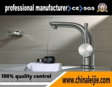 Faucet da bacia do banheiro do aço inoxidável de China