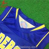 Uniforme del baloncesto de las mujeres de la sublimación del hombro del acoplamiento de la universidad de Healong