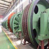 機械を高く上げる鉱山の炭鉱の起重機