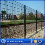 PVC庭のための上塗を施してある二重金網の塀を使用して