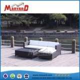 Sofá de mimbre al aire libre con cojín impermeable de Guangdong proveedor 2018 Sofá mimbre al aire libre
