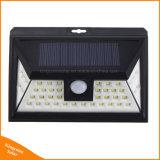44LED PIRの動きセンサー太陽動力を与えられた屋外LEDの庭ライト