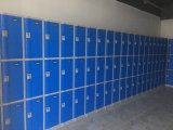 熱い販売の3つの層の貯蔵用ロッカーのキャビネット