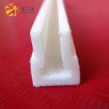 Profil en plastique blanc de la bande pp de cavité de forme de T
