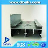 A Guiné 6063 T5 expulsou o perfil quadrado de alumínio com a prata anodizada corrediça para fazer Windows e portas