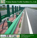 Guardavia galvanizzata strada principale del rifornimento della fabbrica (verde)