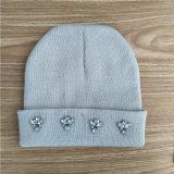 cappello polare del panno morbido del Knit di colore rosa di modo con il cristallo POM