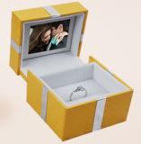 Cuadro de anillo artesanal con pantalla LCD