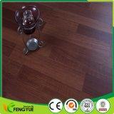 Plancher en plastique imperméable à l'eau matériel de PVC réutilisé par qualité de PVC d'étage ou de Vierge de Chine