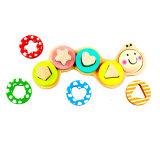 Giocattolo di legno di puzzle del sorter di figura del trattore a cingoli per i capretti ed i bambini