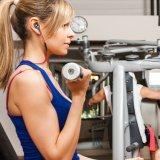 O fone de ouvido estereofónico de Bluetooth da mini em-Orelha sem fio dos esportes com mãos livra o atendimento Earbud