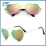 I vetri di Sun di modo comerciano gli occhiali da sole all'ingrosso di figura del cuore