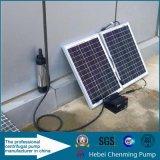 Pompe submersible de pile solaire de puits profond de 4 pouces avec les piles solaires