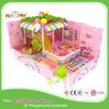 Le caoutchouc de place d'enfants a couvert la cour de jeu d'intérieur Equipmment