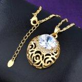 Reeks van de Juwelen van de Halsband van de Tegenhanger van de Oorring van het Kristal van de Legering van het Ontwerp van de manier de Holle