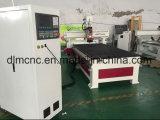 Инструмент машинного оборудования Woodworking CNC 3 осей