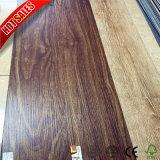 salle de bains en bois de plancher de vinyle d'effet de luxe de 2mm