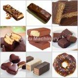 De Chocolade die van de Staaf van de Energie van Ce Machine om Wafeltje hullen Met een laag te bedekken