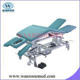 Behandlung-Bett mit eingestellter Armlehnen-und Fuss-Steuerung