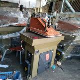 O balanço usado de Multiforce do átomo arma a sapata cortando de couro de Clicker que faz a máquina (VF9.4)