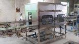 Máquina que capsula de relleno que se lava completa de la botella de agua automática de 5 galones