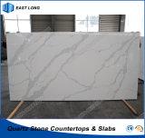 Pierre conçue de quartz pour la partie supérieure du comptoir de cuisine avec des normes de GV (Calacatta)