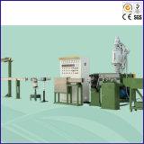 プラスチック外装ワイヤーおよびケーブルの押出機機械
