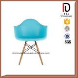 Présidence en plastique de Daw de reproduction de patte en bois de présidence de couleur bleue