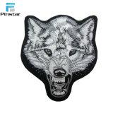 La coutume de haute qualité sur la tête de loup de fer en forme de patch