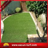 경쟁가격을%s 가진 녹색 정원사 노릇을 하는 인공적인 정원 양탄자 잔디