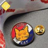 Pin rotondo del risvolto del fumetto degli animali del gatto del metallo su ordinazione di prezzi di fabbrica