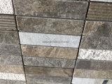 スタックされたパターンブラウンの大理石の石造りのモザイク・タイル