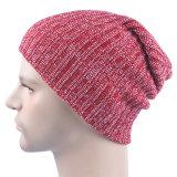 Cappello caldo del Beanie della protezione lavorato a maglia inverno morbido di doppio strato dello Slouch di stirata del Mens (HW424)