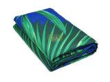 A tela da camurça da alta qualidade fêz a toalha