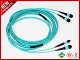 100Gbps 24F de acoplamiento óptico MPO de fibra óptica multimodo OM3 el tronco de la polaridad B Cable Aqua