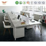 オフィスのための区分が付いている現代オフィス用家具4人のオフィスワークステーション