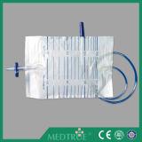 Medizinische Wegwerf2000ml Ziehen-Drücken Ablassventil-Urin-Beutel (MT58043021)