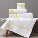 卸し売りロゴの大きさによってカスタマイズされるサイズの安く白100%の有機性綿のホテルの表面タオル
